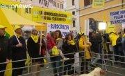 Италия. Фермеры протестуют против бюрократии.
