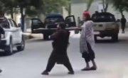 Новые силы безопасности Афганистана в лице боевиков Талибана проводят задержание