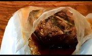Свинина приготовленная в вакуумной упаковке в кастрюле