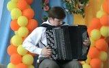 Парень обалденно играет Antonio Vivaldi