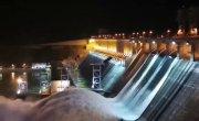 Красноярская ГЭС .Сброс воды