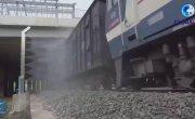 Дезинфекция поездов, пересекающих границу Китая.