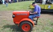 Цирковой трактор