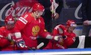 Овечкин спас Дадонова от попадания шайбы на скамейке во время матча с Италией