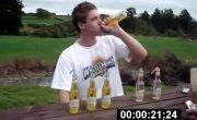 Мировой рекорд по выпиванию пива на скорость