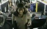 Черные девки беспределят в автобусе