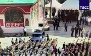 Видео инцидента с машиной ФСО перед Парадом Победы в Москве