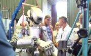 Европа заискивает перед Путиным, а мы запускаем андроида в Космос (Геополитика. Руслан Осташко)