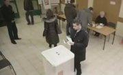 Мега вброс на выборах, урна треснула от напруги